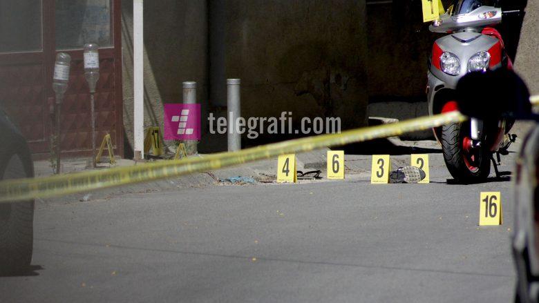 Vdes njëri prej të plagosurve në Parkun e qytetit