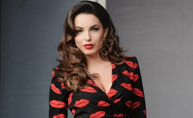 Armina Mevlani e pranon: Po kam quka! (Foto)