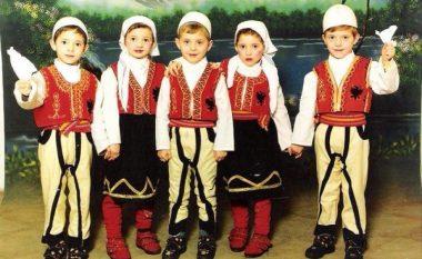 Kështu duken pesënjakët shqiptarë pas 20 viteve (Foto)