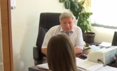 Në Malishevë, drejtori punëson djalin pa diplomë (Video)