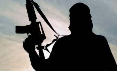 I mituri i arrestuar që donte t'i bashkohej ISIS-it, kishte pasaportë origjinale me identitet të falsifikuar