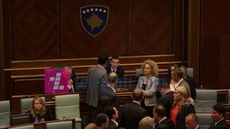 Demarkacioni e ka ashpërsuar gjuhën e politikës kosovare