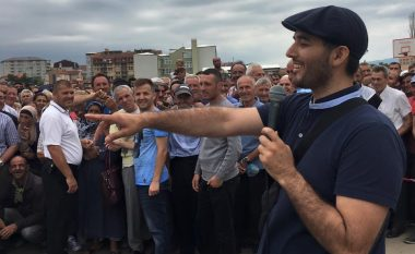 Labi flet si politikan: Ka dy fjalë për protestat kundër Demarkacionit