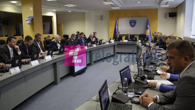 Qeveria ndan 50 mijë euro për qytetarët e prekur nga vërshimet në Maqedoni