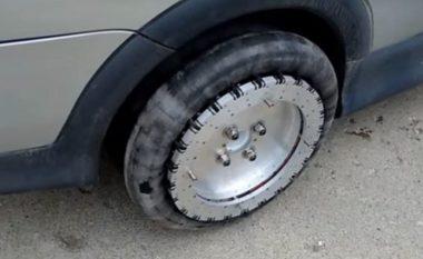 Me këtë shpikje, makina juaj do të ecë në të gjitha drejtimet (Video)