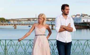 Tri gjëra janë kryesore: A dini t'i kërkoni falje partnerit në mënyrë të drejtë