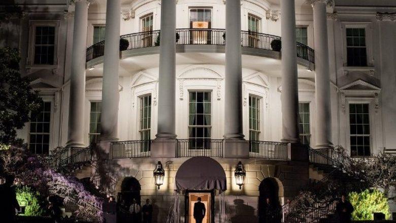 """Nuk ka """"ditë shabllon"""" për presidentin: Një ditë nga jeta e njeriut më të fuqishëm në botë (Foto)"""
