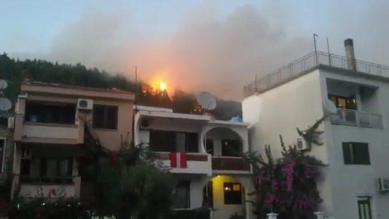 Zjarri vazhdon të kërcënojë Ulqinin, Policia arreston dy të dyshuar për zjarrvënie (Video)