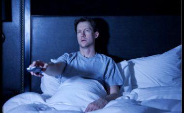 Përse ta shikoni celularin është gjë e tmerrshme për gjumin, por jo shikimi i televizorit?