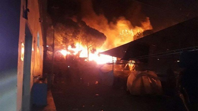 Zjarr i fuqishëm në kampin e refugjatëve në Lesbos (Foto/Video)