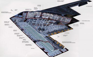 Pamje të papara të aeroplanit luftarak më të rrezikshëm B-2 Stealth (Video)