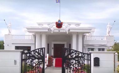 Shtëpia milionëshe me arkitekturë helene në Gjakovë (Video)