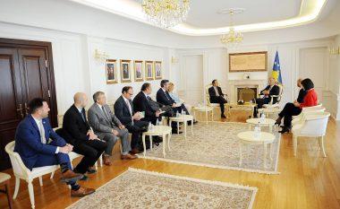 Thaçi mbështet bashkëpunimin e odave ekonomike të rajonit