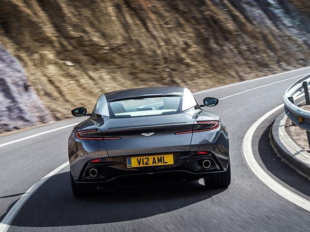 Aston Martin bën të ditura detajet e modelit Volante qe lansohet ne fillim te 2018 es foto 5