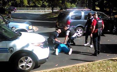 """Klithma e bashkëshortes së viktimës në Charlotte: """"Mos qëlloni!"""" (Video)"""