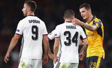 Faqja e UEFA nuk harron të përshëndesë vëllezërit Xhaka pas takimit