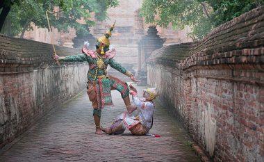 Fotografitë e mahnitshme që e shfaqin vallëzimin e lashtë tajlandez (Foto)