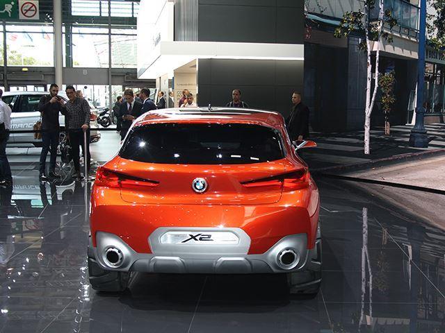 Koncepti i BMW X2 që do të konkurrojë me Mercedes GLA foto 6