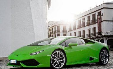 Pronari i Lamborghini Huracane dënohet për shkak të zhurmës së lartë të veturës (Video)