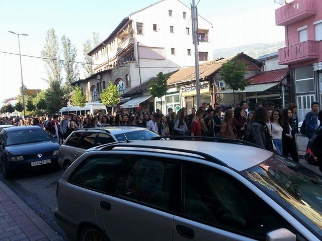 Proteste nga gjimnazitet e Tetoves 1