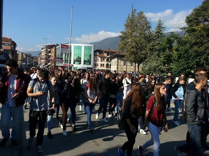 Proteste nga gjimnazitet e Tetoves