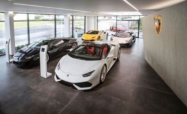 Urusi i ri nga Lamborghini - për familjarë dhe gra beqare (Foto)