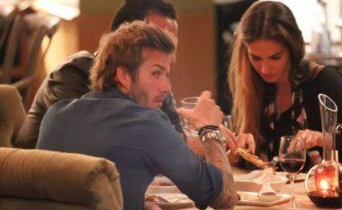 Modelja shqiptare në krah të David Beckhamit (Foto)