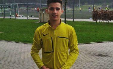 Nga azilant në gjyqtar futbolli në Gjermani, kjo është jeta e të riut nga Tirana