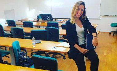 Elhaida Dani përsëri në shkollë