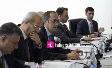 Hoti: Buxheti për vitin 2017, 2 miliardë euro