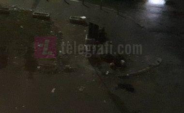 Kush dhe pse po i largon kontejnerët e mbeturinave në Prishtinë? (Foto)