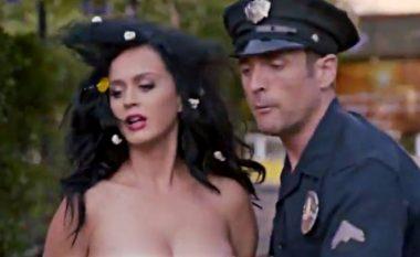 Katy Perry del tërësisht lakuriq për të ndryshuar botën! (Video, +18)