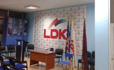 LDK, Shpend Ahmetit: Strehoj familjet e Dardanisë, banesat në Hajvali janë të lira