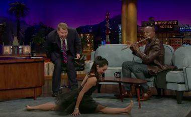 Lucy Liu bën sparkatën, Terry Crews bën muzikë – talentet e fshehura të yjeve (Video)