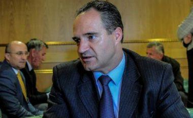 Nait Hasani kërkon referendum për bashkim me Shqipërinë (Video)