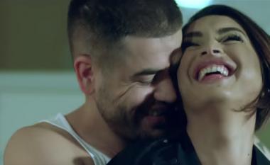 Noizy publikon pamje nga klipi i ri