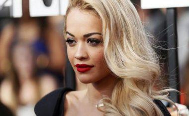 Rita Ora pozon seksi për revistën Vanity Fair (Foto)