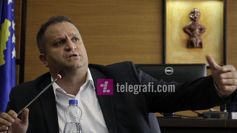 Ahmeti: Te banesat e uzurpuara ka qiraxhinj, familjarë të politikanëve e pushtetarë të fortë