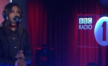 Dua Lipa, këndon këngën e re në BBC (Video)