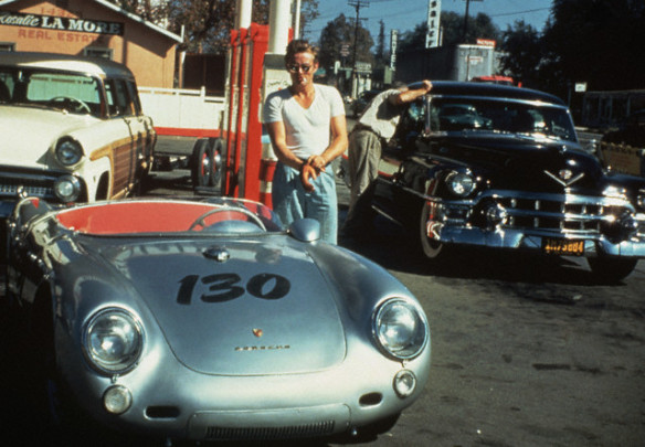 30 Sep 1955, California, USA --- James Dean at a gas station with his silver Porsche 550 Spyder he named Little Bastard, just hours before his fatal crash. --- Image by © Bettmann/CORBIS