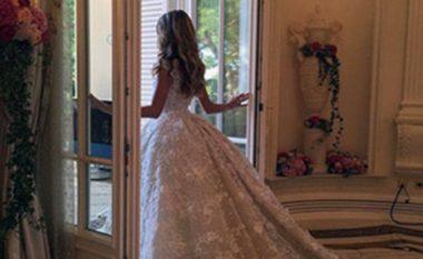 Martohet vajza e bosit të naftës, shihni sa i kushtoi vetëm fustani! (Foto/Video)