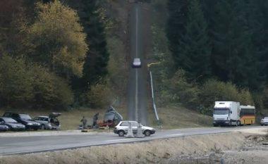 Ky test i tmerrshëm tregon çfarë ndodh, kur përplaseni me veturë që lëviz me 200 kilometra në orë (Video)