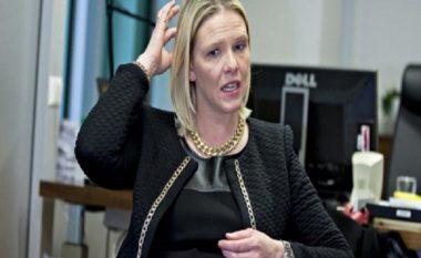 Ministrja norvegjeze: Emigrantë, ne hamë mish derri dhe pimë alkool, përshtatuni!