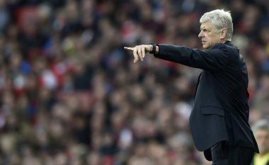Ndalet ecuria fantastike e Arsenalit, por kryeson në Ligës Premier (Video)