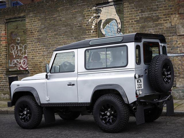 Land Rover Defender i ri do të lansohet më 2018 foto 4