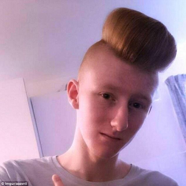 Prerjet e këqija të flokëve që ua ktheu kokat në shëmti foto 6