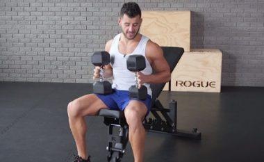 Dëshironi gjoks më të madh dhe më muskulor? Atëherë bëjeni këtë ushtrim dy-minutësh (Video)