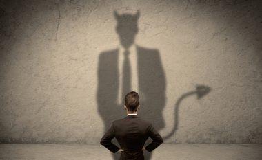 Djalli po bën sehir me debatin Kosovë-Shqipëri!