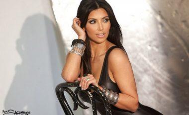 Kim Kardashian mbush 36 vjet: Këto pozat seksi të bukuroshes rrënuan internetin (Foto, +18)