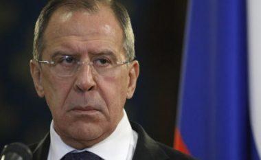 Lavrov: Washingtoni mbron një grup xhihadist në Siri